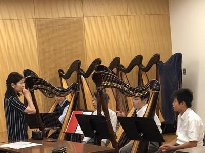 ハープ楽器体験.jpeg